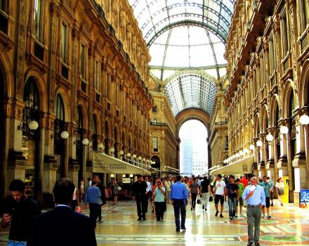 If you're planning a weekend in Milan you can not miss the Galleria Vittorio Emanuele, a few metro stops from Best Western Hotel Madison