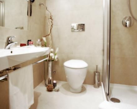 Bathroom - Comfort Single/Double Rooms